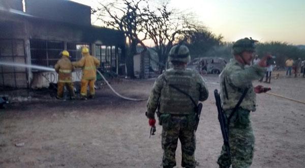 [Video] Explosión en Niltepec deja tres viviendas dañadas, dos vehículos y una persona lesionada