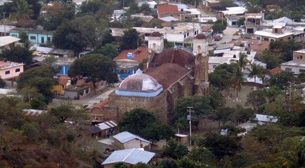 Comando armado roba nómina en Santiago Laollaga