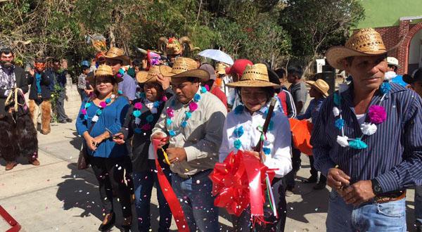 Llaman a conocer las tradiciones en Dinicuiti