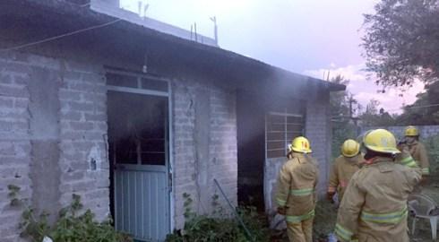 Arde vivienda en Huajuapan