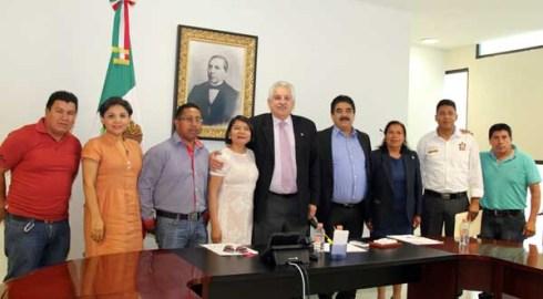 Presidente del TSJE se reúne con autoridades de Coixtlahuaca