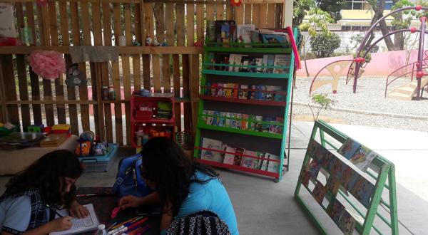 """Implementa Gobierno del Estado Club de Lectura Infantil en Parque """"Luis Donaldo Colosio Murrieta"""""""