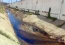 Pemex atiende derrame de aceite al canal pluvial
