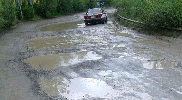 Exigen presidentes de la Mixteca atención a las carreteras