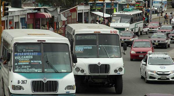 Pulpo camionero en Oaxaca: sector voraz que ha ahuyentado todos intentos de cambio