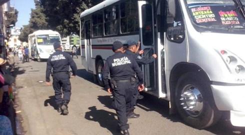 Cuida Policía Municipal a usuarios del transporte público mediante el Operativo Urbano