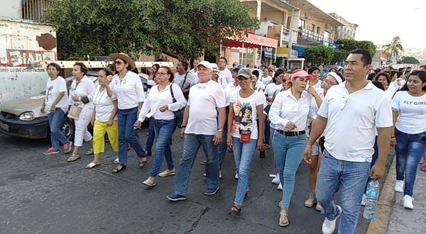 Marcha por la paz con tintes políticos