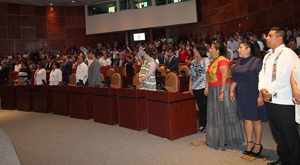 Clausura Congreso primer periodo de sesiones con 228 dictámenes aprobados a favor de Oaxaca