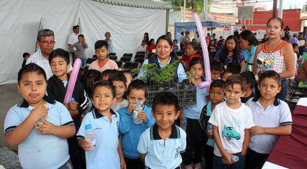 Caravanas de Bienestar atienden a 250 personas en Guadalupe Victoria