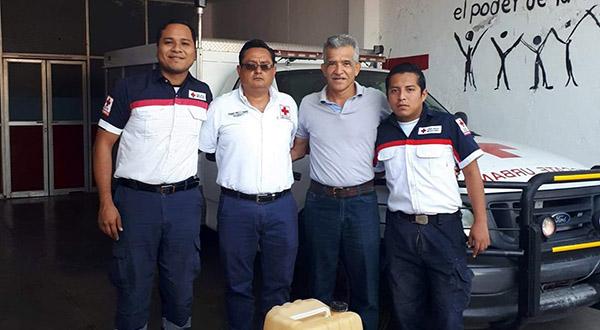 Realizan donativos a la Cruz Roja