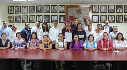 Firma el Congreso convenio de colaboración con prestadores de servicios de Huatulco