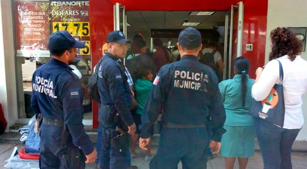 Anuncia Ayuntamiento de Oaxaca programa de acompañamiento policial a clientes bancarios