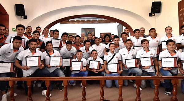 Reconoce Cabildo citadino a Alebrijes de Oaxaca por campeonato