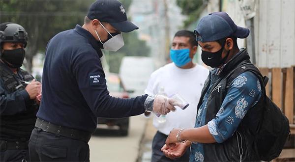Mantiene Ayuntamiento de Oaxaca Filtros Sanitarios COVID-19; orienta a más un millón de personas