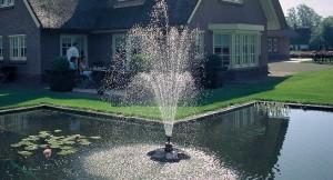 plutajuca-fontana Pond-jet