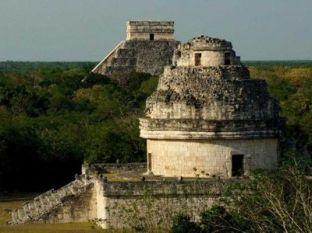 pyramidy Mexiko