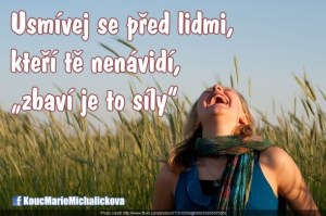usmívej se