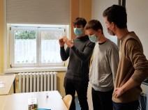 Lasia-und-ihr-Ameisenvolk_Besuch-aus-der-Gesamtschule-Petershagen