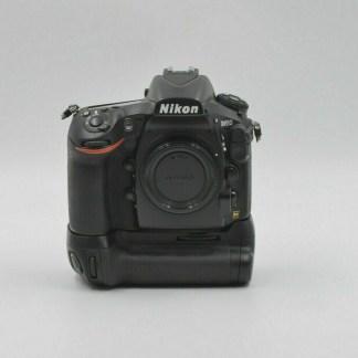 Nikon Boitier D810 MB-D12.jpg