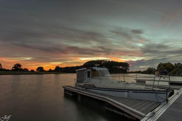 Ecouflant coucher de soleil sur la sarthe 1