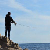 Mieux comprendre la pêche en mer en hiver pour réussir