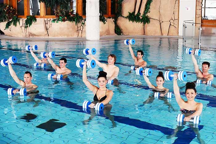 Aquagym  lhistoire de lAquafitness le sport en piscine pour tous