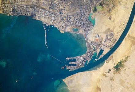 История Суэцкого канала, от древности до 21 века