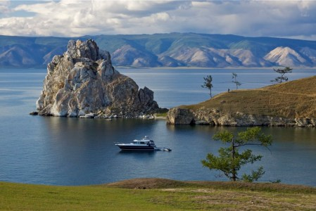 Остров Ольхон на территории Байкала