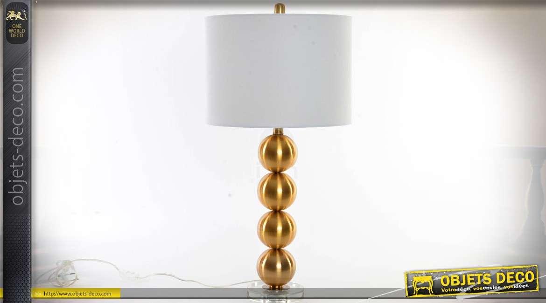 lampe design pied en spheres dorees et abat jour cylindrique blanc 73 5 cm