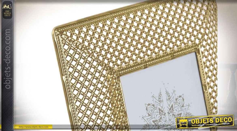 cadre photo a poser en metal et verre inspiration orientale effet moucharabieh finition doree brillante 10x15cm