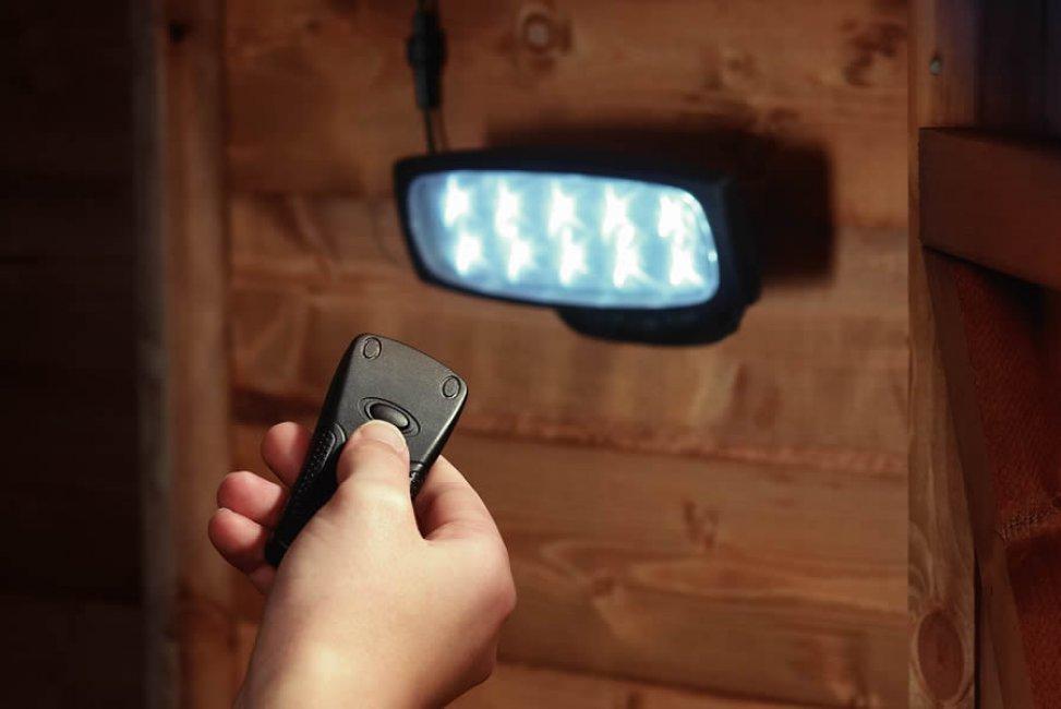eclairage solaire pour cabanon telecommande