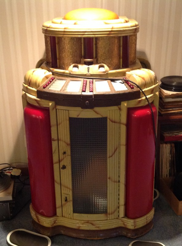 1942 Coin Operated Seeburg Symphonola Jukebox  Obnoxious Antiques