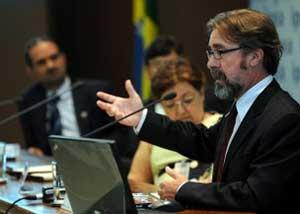 Brasil chegou atrasado nas políticas para juventude