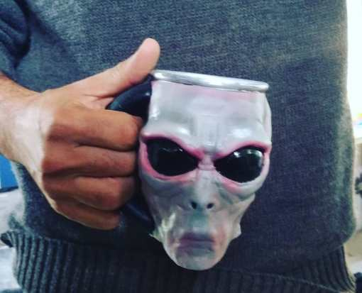 Caneca Alien Grey
