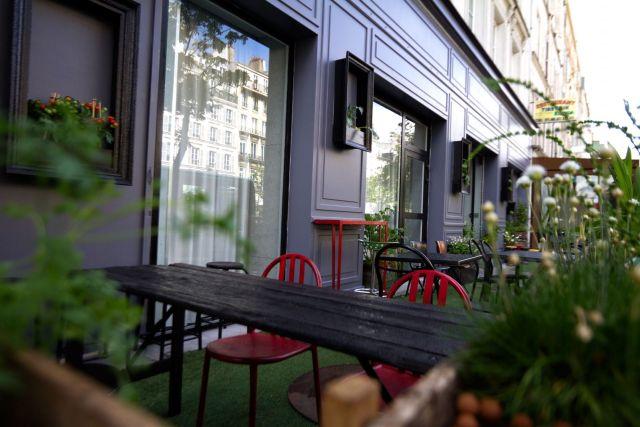 Atelier-154-Terrasse-Streets-Hoétel-1_lamodecnous_la-mode-c-nous-lmcn