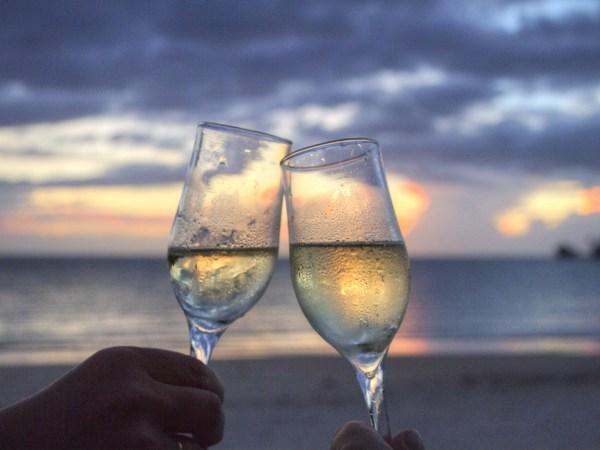 Champagne lamodecnous.com-la-mode-c-nous_livelamodecnous.com_live-la-mode-c-nous_lmcn_livelamodecnous_2