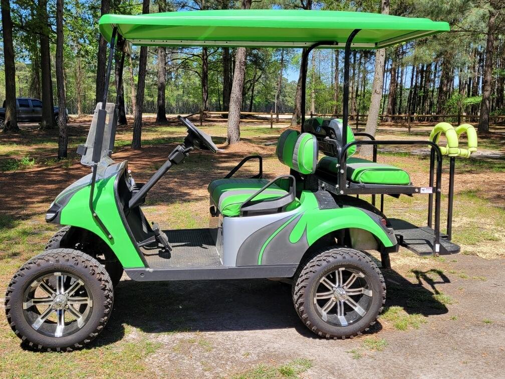 Picture of 4 person premium golf cart