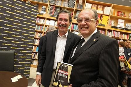 Lançamento do livro Mensalão, de Merval Pereira