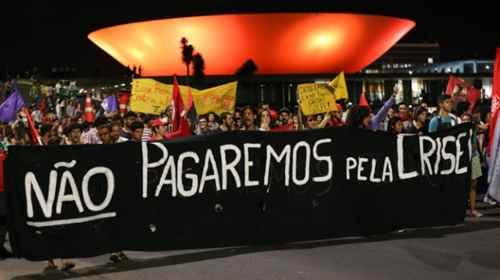 Brasília- DF 24-10-2016  Manifestação de estudantes contra a PEC 241 na esplanada dos minitérios. Foto Lula Marques/Agência PT