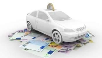 AVANT D'ACHETER OU DE LOUER UNE VOITURE, dans le cas d'un crédit automobile, ou d'un financement, déterminez combien vous pouvez vous permettre de rembourser tous les mois