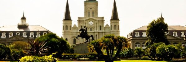cropped-cathedral-french-quarter_35995_600x450.jpg