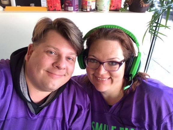 Radio personalities Brian Dumont and Jenn  Czelada of Smile FM.