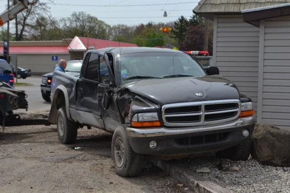 truck-van crash-3