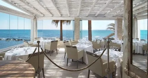 El Oceano Beach Hotel, Restaurant and Cocktail Lounge, between Marbella and La Cala de Mijas, Costa del Sol, Spain