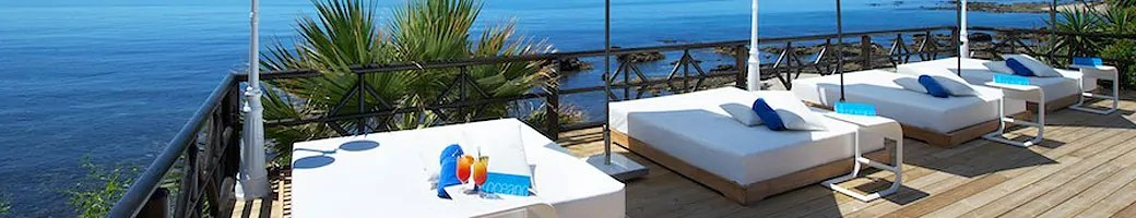 Exclusive VIP Sun Loungers at El Oceano Hotel, Restaurant and Martini Lounge