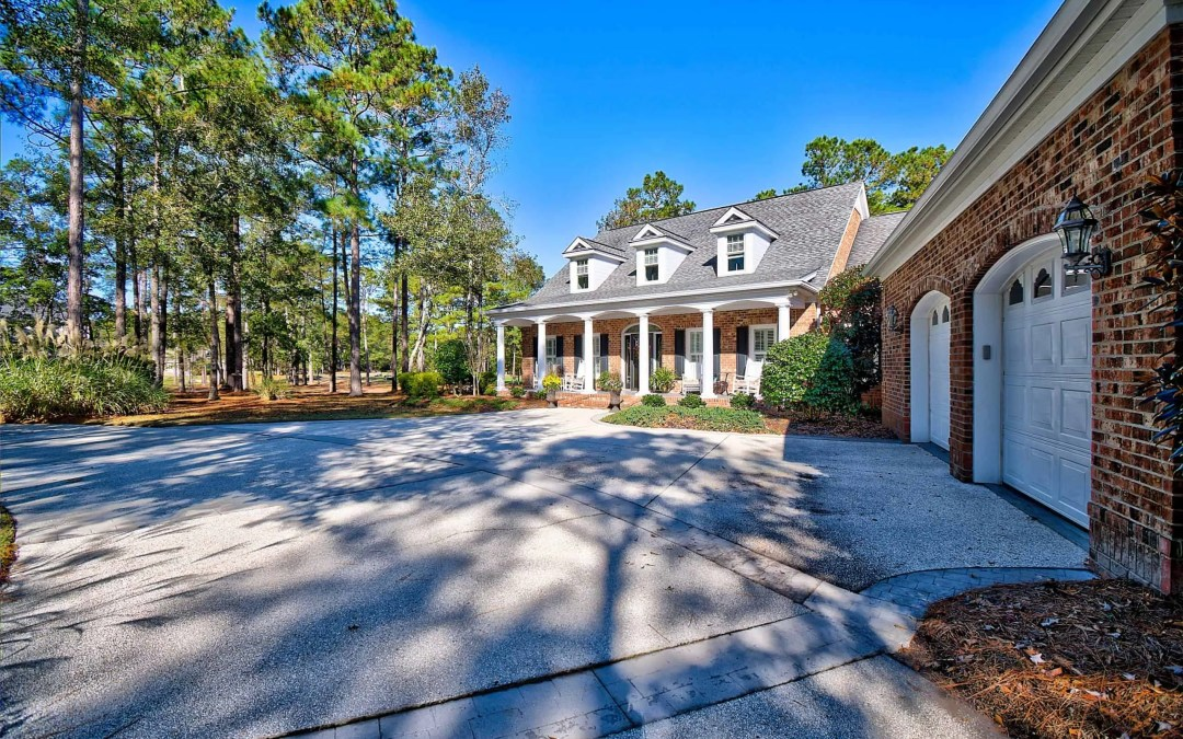 Gorgeous Golf Front Home