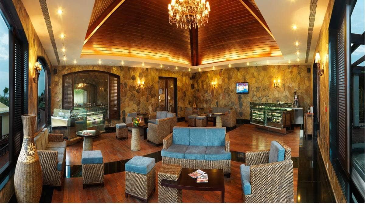 Luxury beach resorts in Pondicherry  5 star hotels in