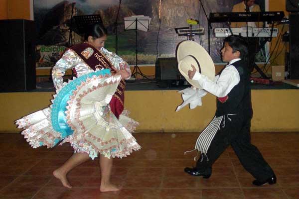 Los nios peruanos mantienen su cultura