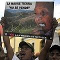 Madre_tierra_no_se_vende_no_min_metales_120