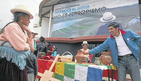 CuencaCarlos-Perez-antiminero-Archivo-COMERCIO ECMIMA20130527 0039 6
